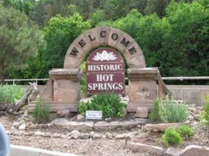 Welcome to hot springs sign